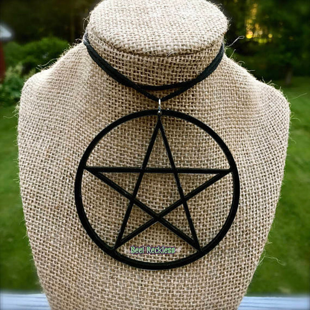 NüGoth Pentacle Necklace