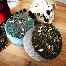 Load image into Gallery viewer, Morrigan Goddess Spell Bath Bomb: Divination & Protection