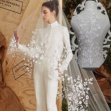 Load image into Gallery viewer, Stunning Off-white Flower Lace Applique  Motif Wedding Dress Sewing Embroidery Patch Accessories for Bridal Veil