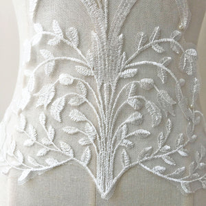 Stunning Off-white Flower Lace Applique  Motif Wedding Dress Sewing Embroidery Patch Accessories for Bridal Veil