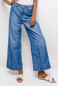 Cindy- Wide leg cropped jeans