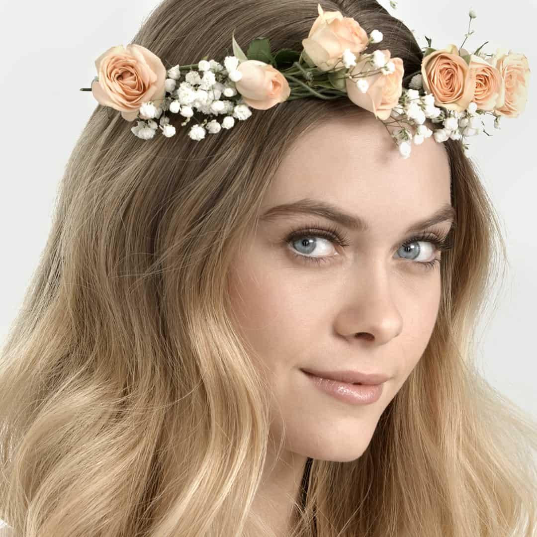 natural wedding beauty look for bohemian bride