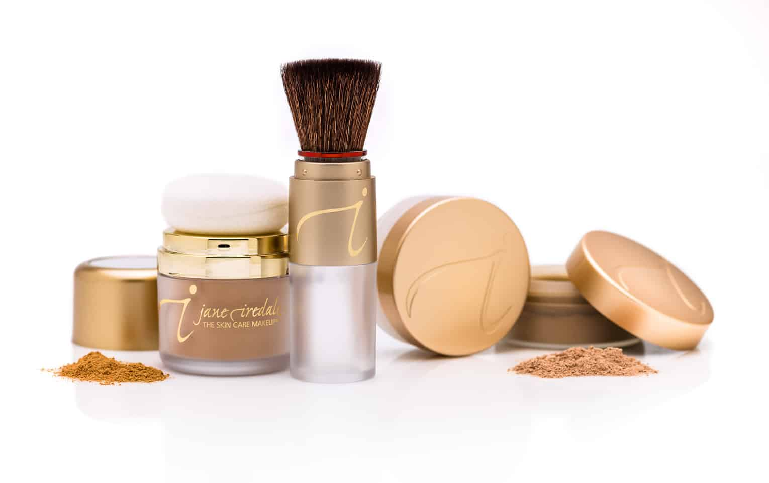 jars of loose powder foundation