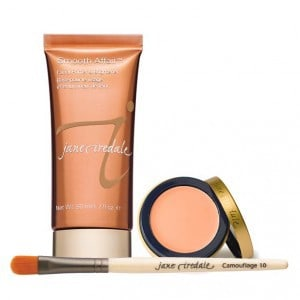 Concealer and smooth affair for concealing blemishes