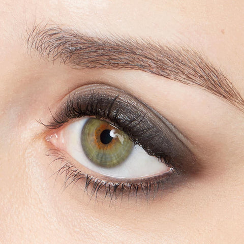 Best Eyeliner Color for Gray Eyes