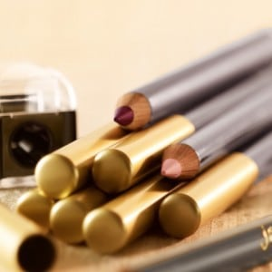 defining lip liners