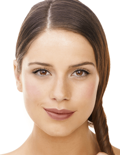 woman wearing light and natural mineral makeup