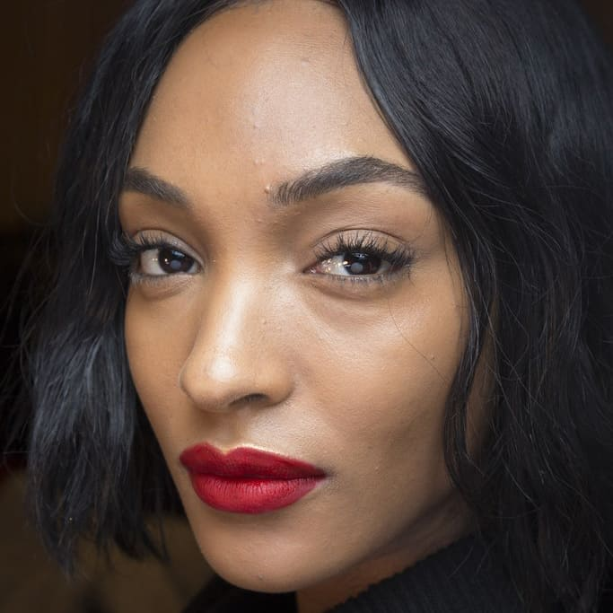 Fall 2018 Makeup Trends, red lipstick