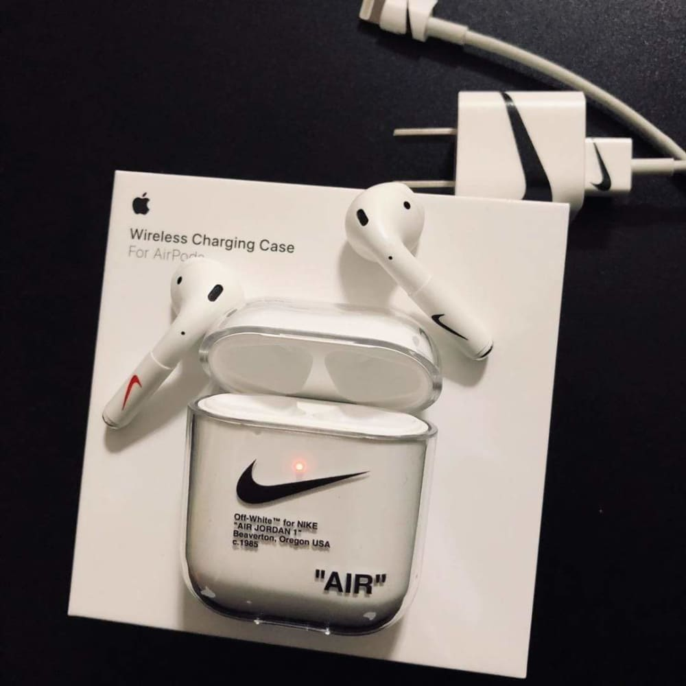 Nike Style Clear Hard Protective AirPods 1 & 2 Case - AshleySale