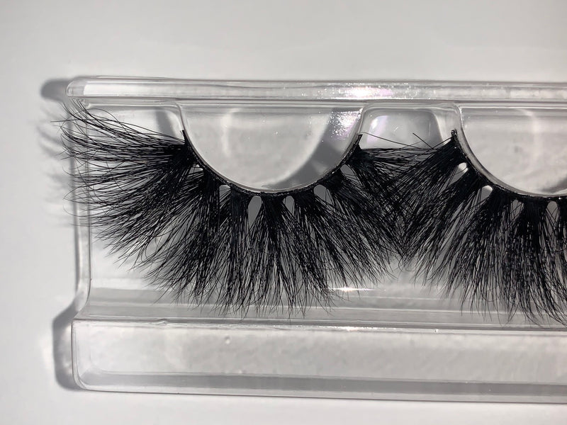 Queenly Lashes