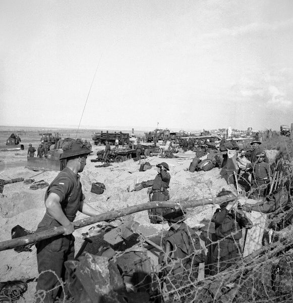 British troops and naval beach parties