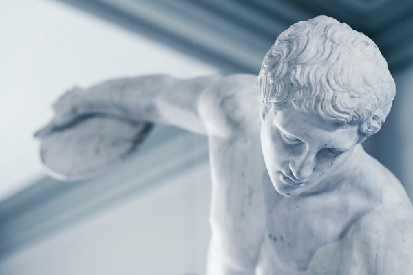 Statue of ancient Greek discus thrower