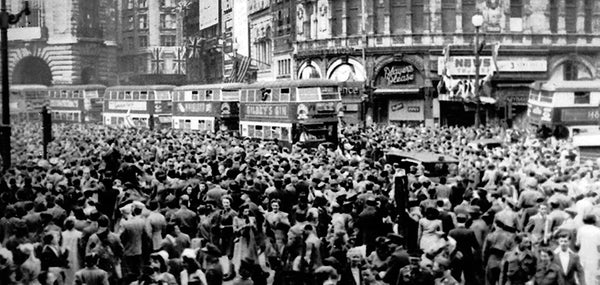 VE Day celebrations at Piccadilly, London