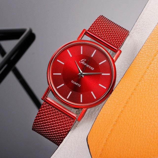 Hot Selling Women's Casual Silicone Strap Quartz Watch Top Brand Girl