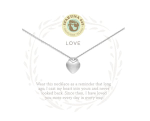 "18"" LOVE HEART - Molly's! A Chic and Unique Boutique"