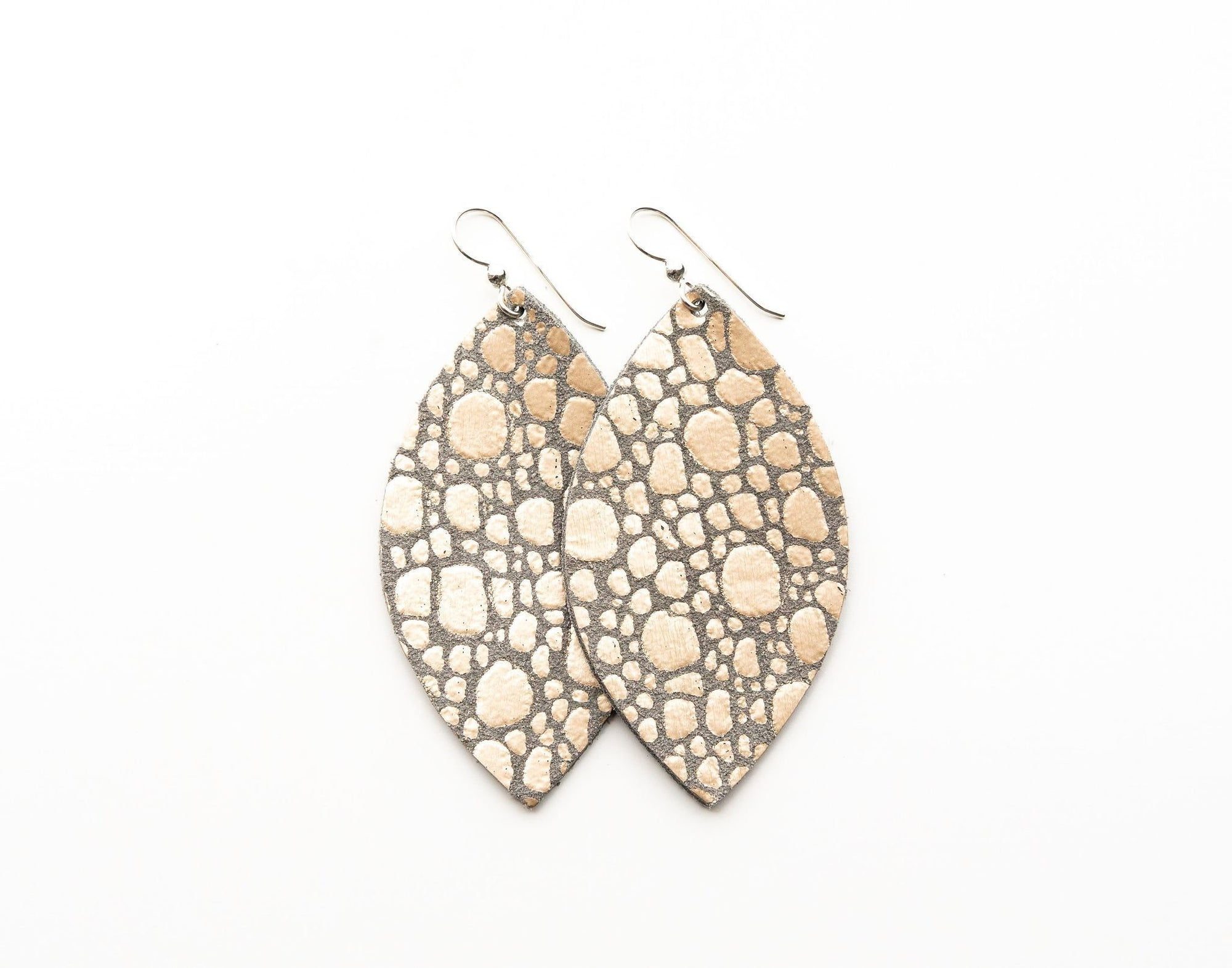 LEATHER EARRINGS - PEBBLE IN PLATINUM SILVER (SMALL) - Molly's! A Chic and Unique Boutique