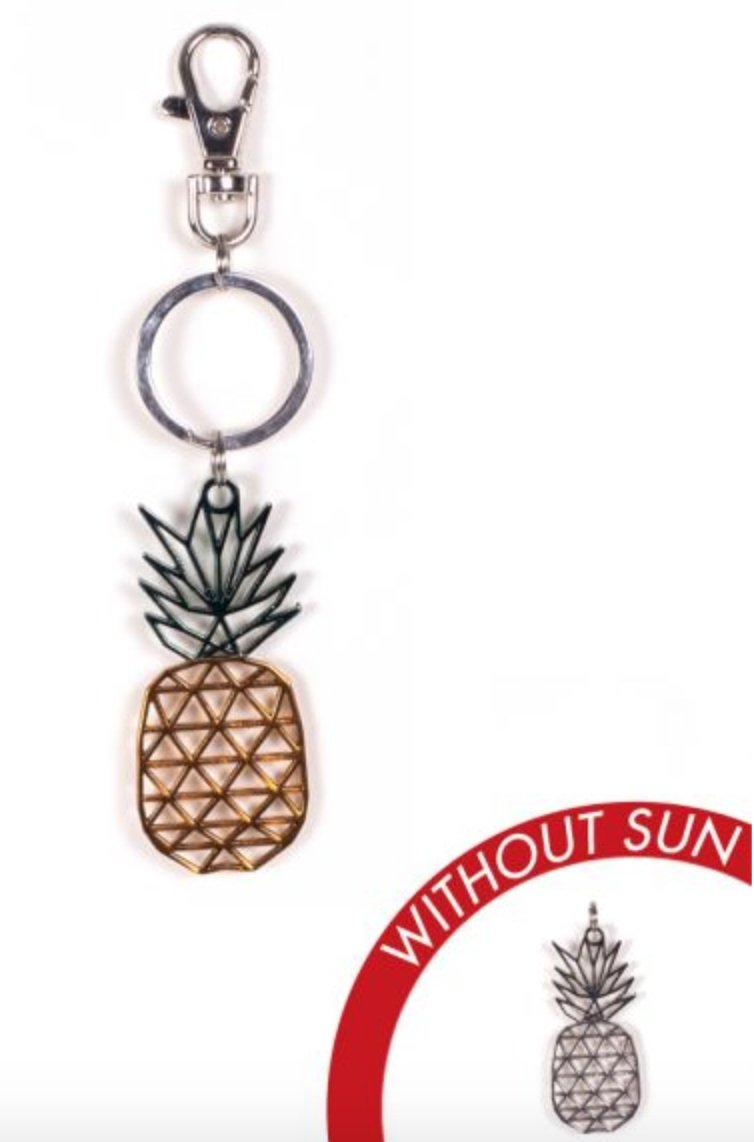 METAL PINEAPPLE KEY CHAIN: COLOR CHANGES WITH THE SUN! - Molly's! A Chic and Unique Boutique