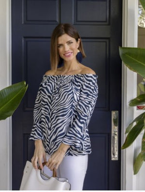 NAVY WILDLIFE-3/4 SLEEVE TOP - Molly's! A Chic and Unique Boutique