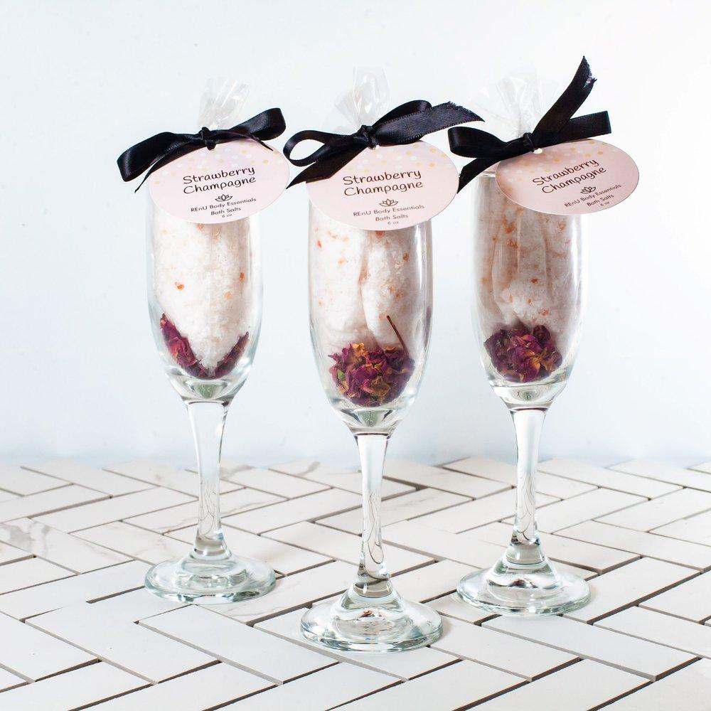 STRAWBERRY CHAMPAGNE BATH SALTS - Molly's! A Chic and Unique Boutique