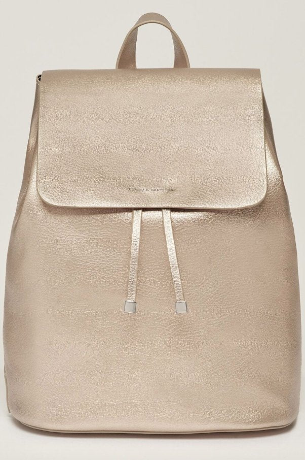 THE COPPERFIELD DRAWSTRING BACKPACK - PEWTER WITH BAG TAG - BLUS EBP3607 - Molly's! A Chic and Unique Boutique
