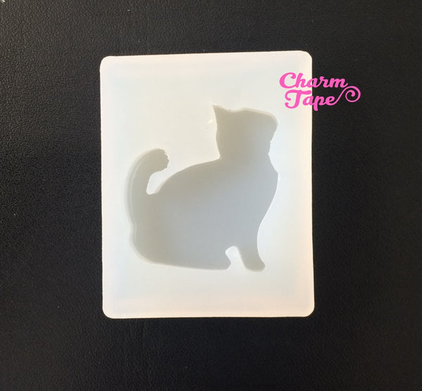Kitty Cat charm Silicon mold flexible, for polymer clay, resin jewelry Q058
