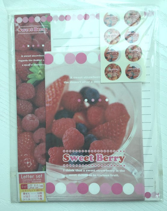 Writing paper and envelopes set - Sweet Berry from Japan - CharmTape - 1