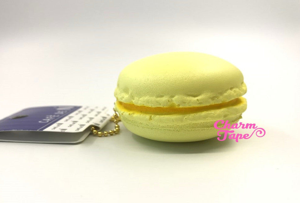 Cafe de N Light Yellow Citron macaroon squishy cellphone charm kawaii
