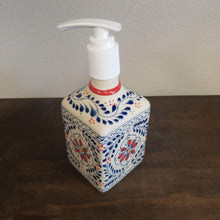 Load image into Gallery viewer, Soap Dispenser Ana Monica