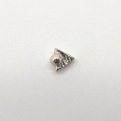 Pupil Hall | 14k Gold Tryangle with Dottie Threadless End - Avanti Body Piercing & Fine Jewelry