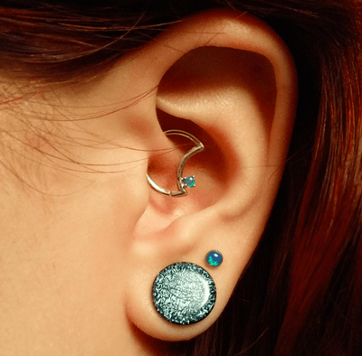 14K Gold LunEAR Daith Moon - Avanti Body Jewelry  - 8