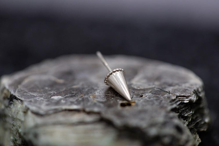14k Gold Spike Threadless Ends