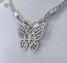 Load image into Gallery viewer, Bezel Butterfly Choker