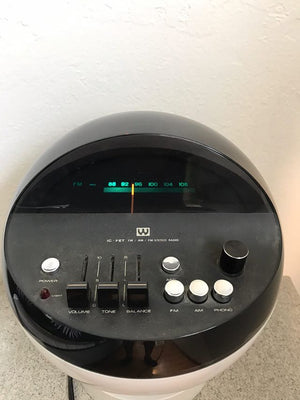Vintage Weltron Space Ball Radio