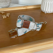 Load image into Gallery viewer, Teal Cowhide Collar