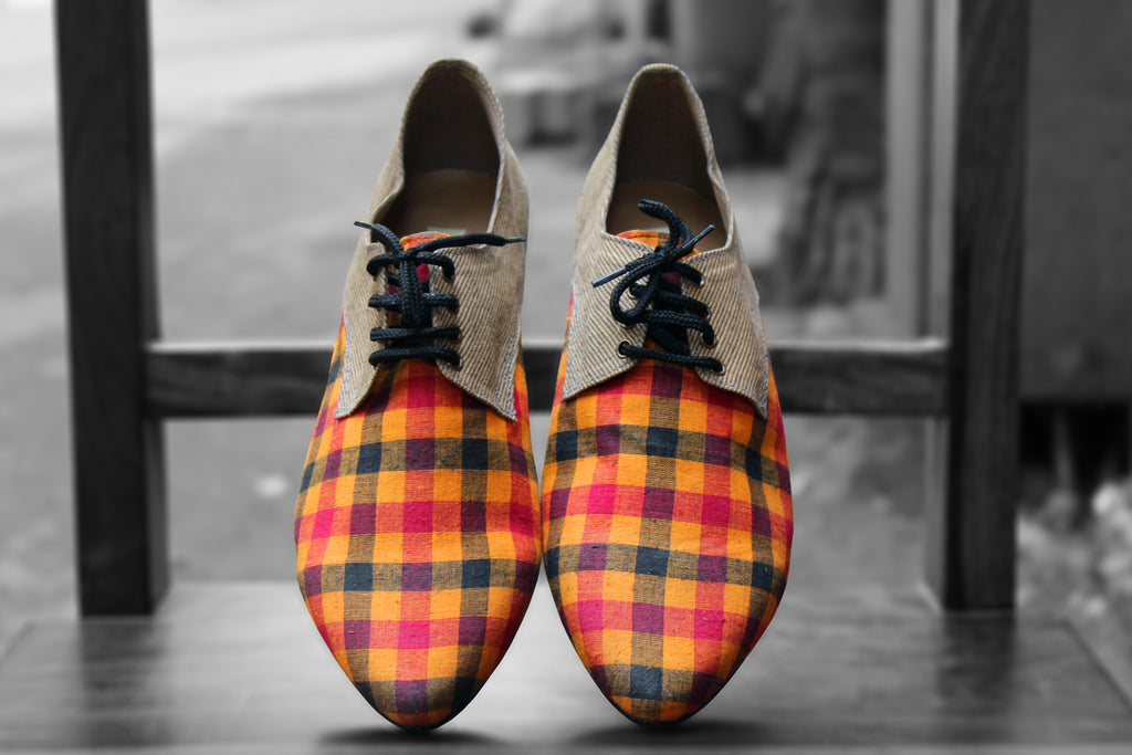 handcrafted footwear - jazzy checks & beige brogues