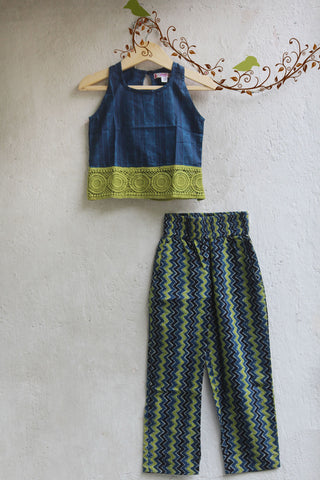 kidswear - blue lace top with pants