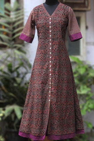pintucked long kurta - adorn & array