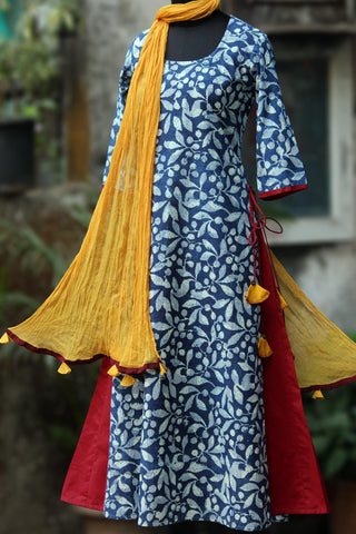 layered long kurta - the blue shadows & red plains