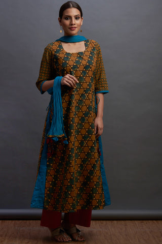 layered long kurta - divine & nectar