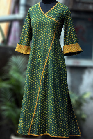 kimono style long kurta - emerald & the golden flutter