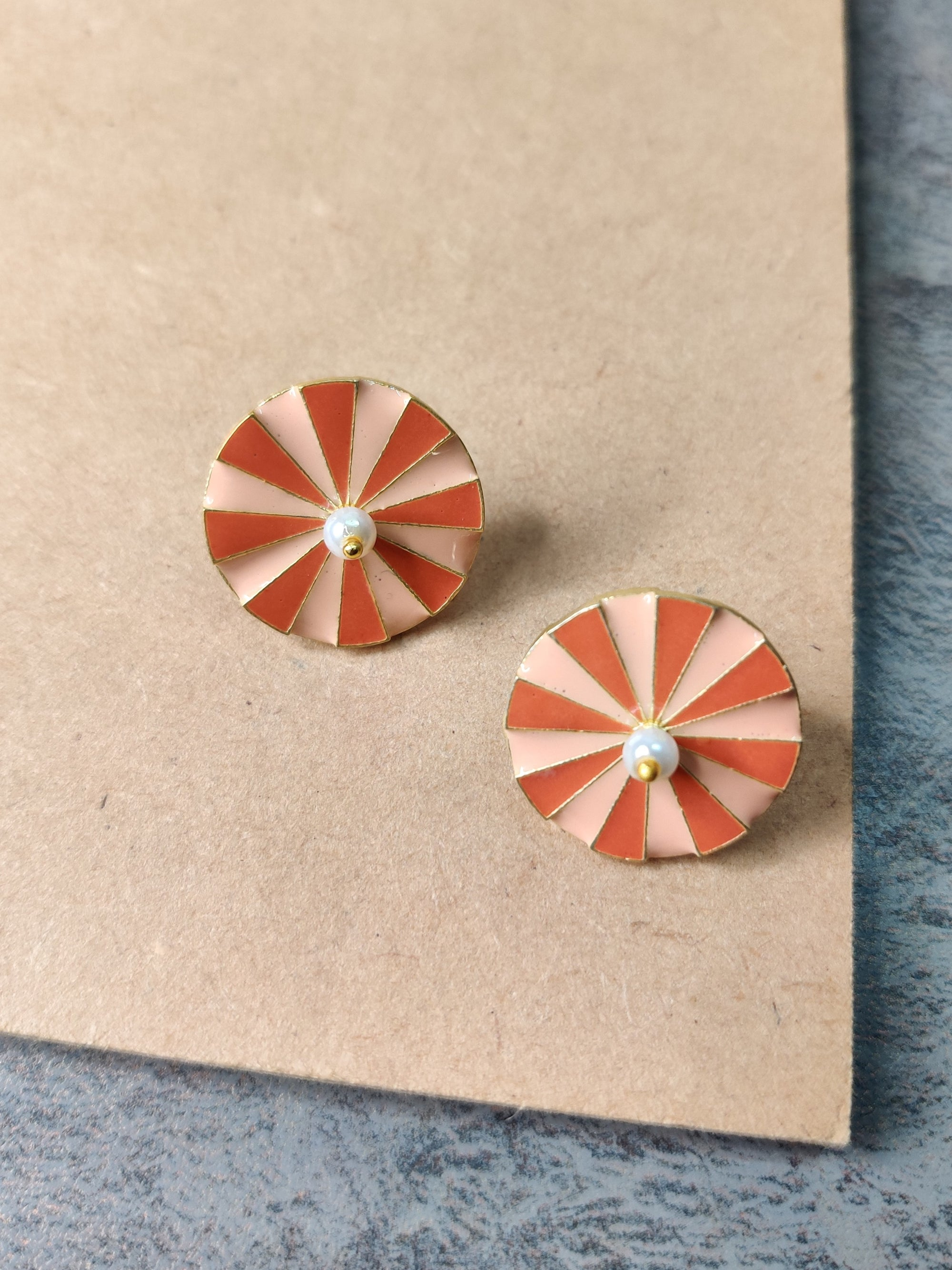 jewelry - berserk - Gold Plated Peach Wheel Studs
