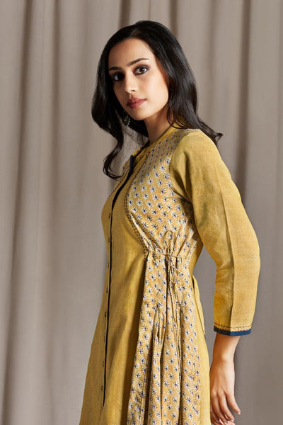 Long button down dress in yellow front panel and yellow with blue flowers with side tie up