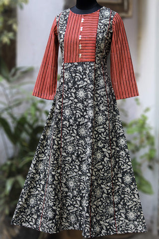 kalidar anarkali - monochrome & the wild roses