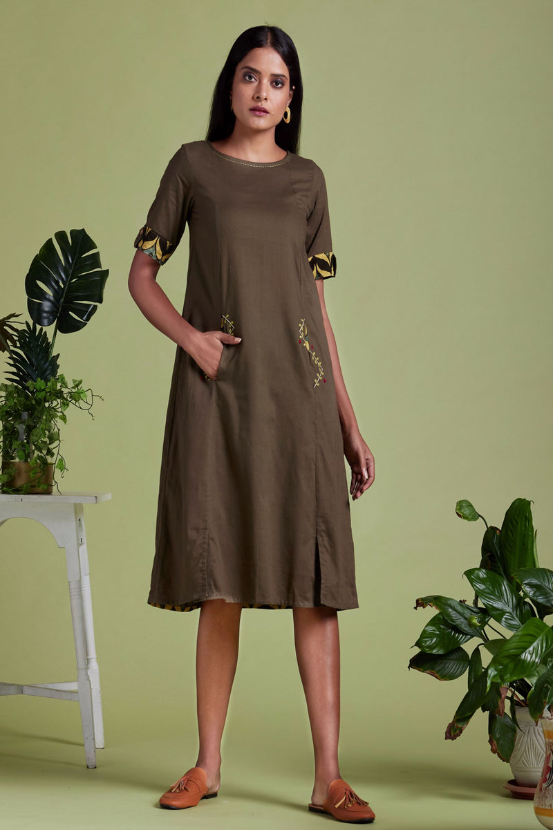 shift dress with slit pockets - oakmoss & herb garden