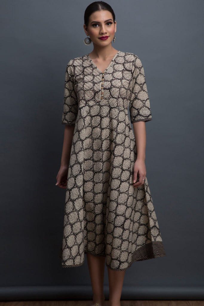 swirl midi dress - lotus & the graphite ore