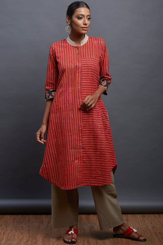 mandarin collar long kurta - merry red & pine cone