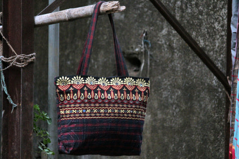 carry along: black khadi & ahir