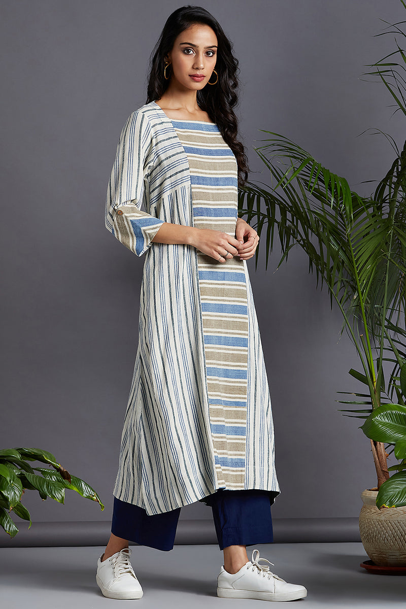 square panelled neck kurta - island white & ocean drops