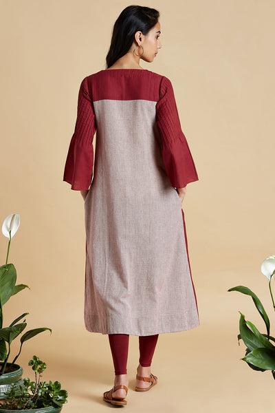 square neck kurta with pleated sleeve - earthy madder & mini checks