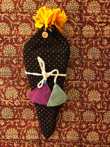 dinner napkins - kohl black polka dots & orange tassels